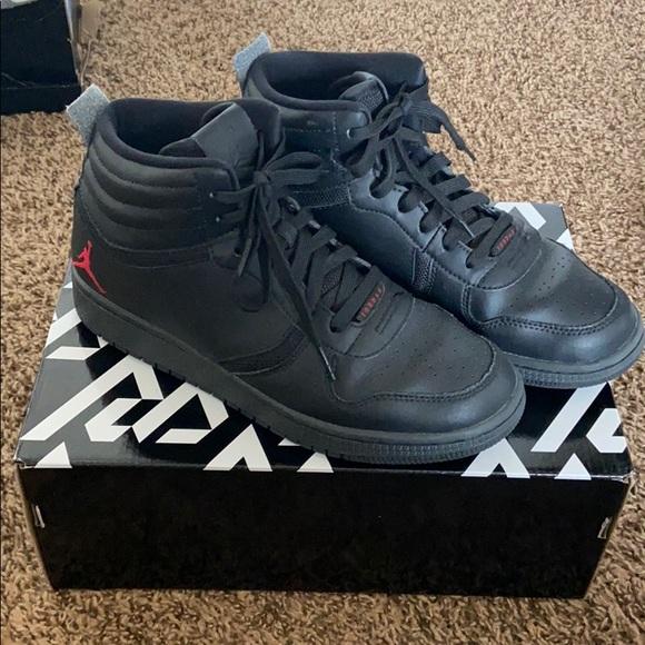 Jordan Shoes   Boys Black Jordans
